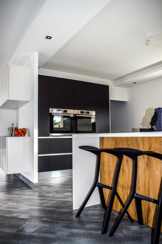Matte zwarte keuken