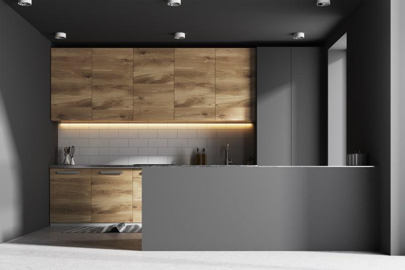 Grijs met houten keuken